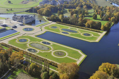 Domaine de Chantilly  largeL