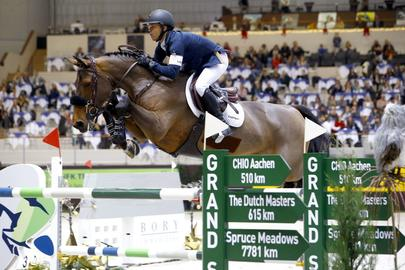 Gazelle et Kent Farrington  largeL