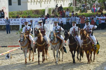 Tunisie Equitation traditionnelle largeL